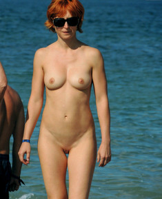 Fully naked busty women from nudist..