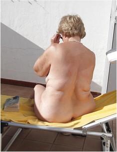 European chubby mom with flabby ass
