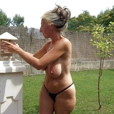 Sincere German mature women naked in..