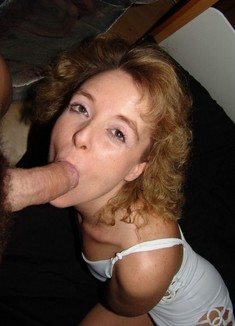 Curly mature girlfriend in wild..
